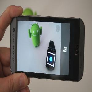 Foto scure su Android quando si usa il flash della fotocamera